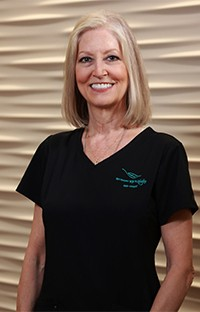 Headshot of Donna front desk treatment coordinator